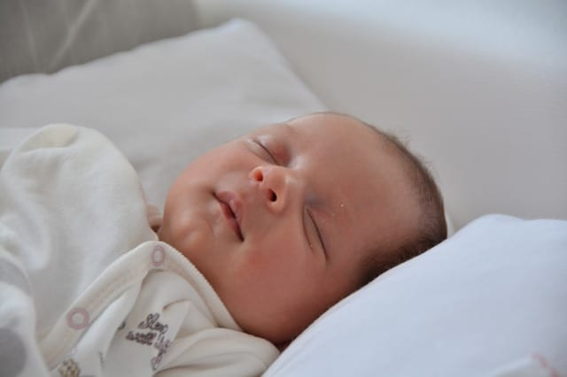 Baby sleeping - Clear picture