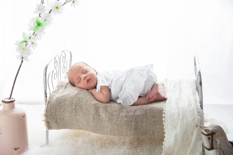 The Best 10 Cribs For Your Baby [2021]